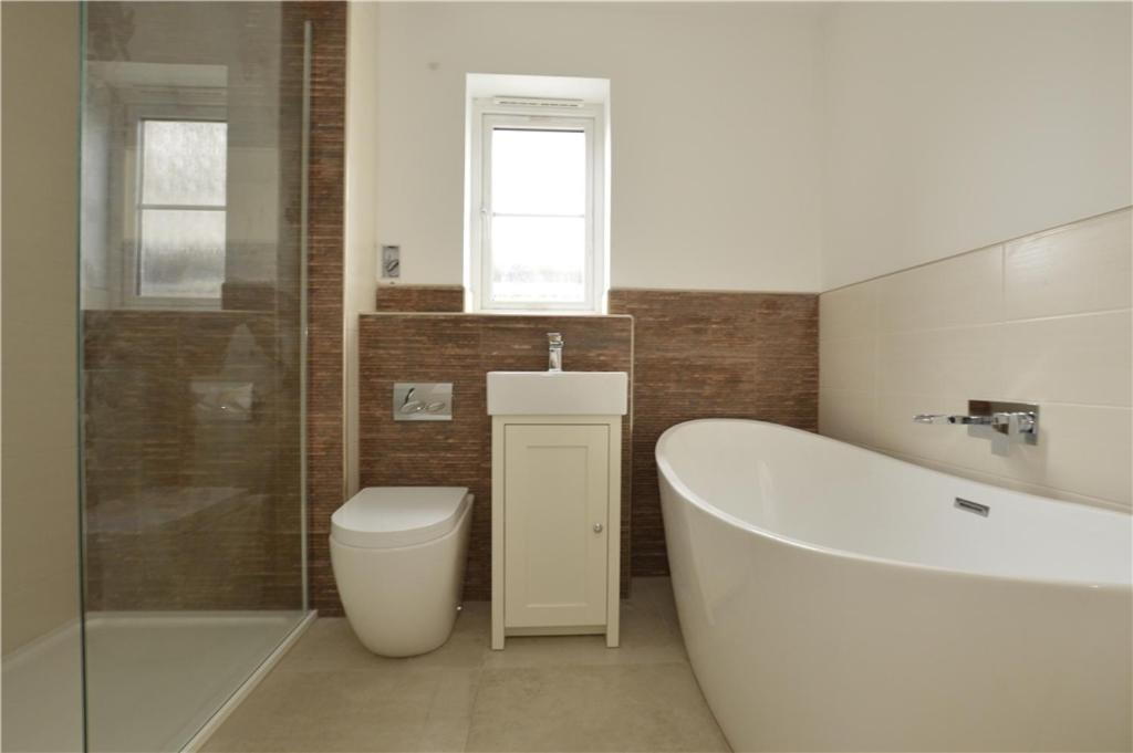 Bathroom Tiles Yate bed and breakfast the lake house, yate, uk - booking
