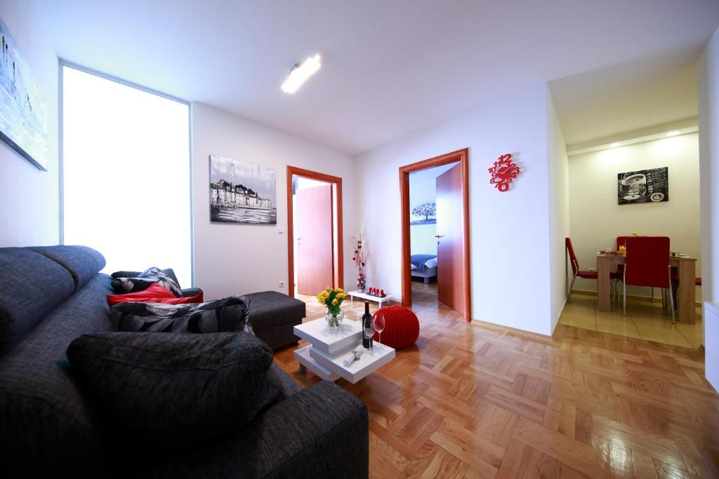 Living Room Zagreb apartment arena royal, zagreb, croatia - booking