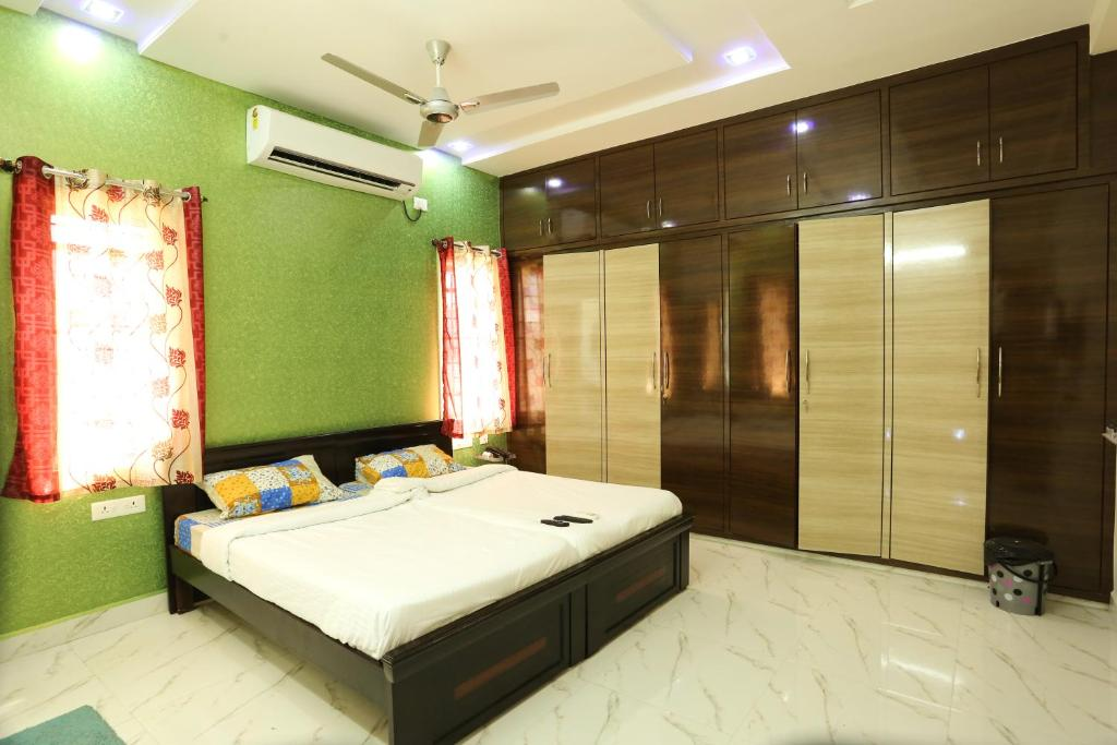 Golden Gate Service Apartments Hyderabad India Booking Com