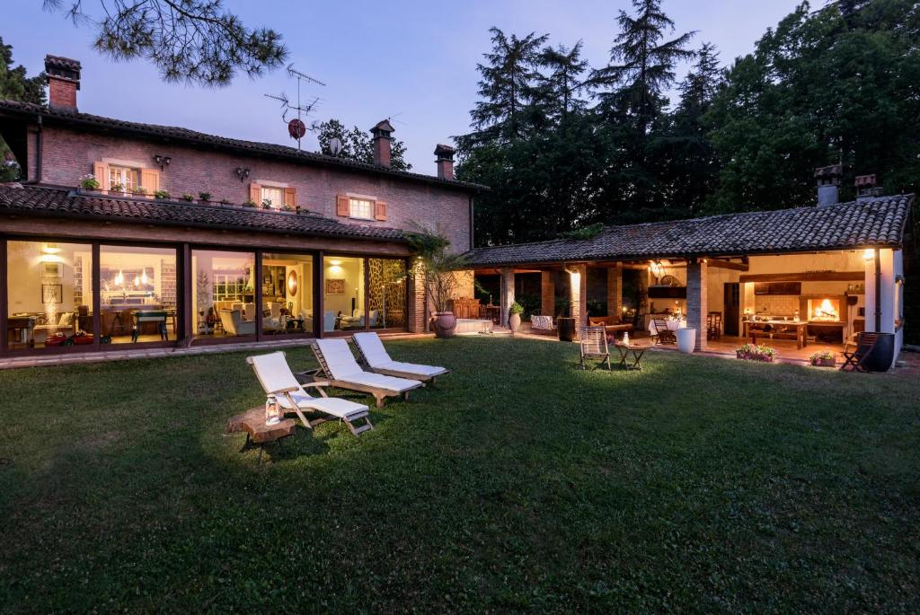 villa monte quercione zola predosa italy
