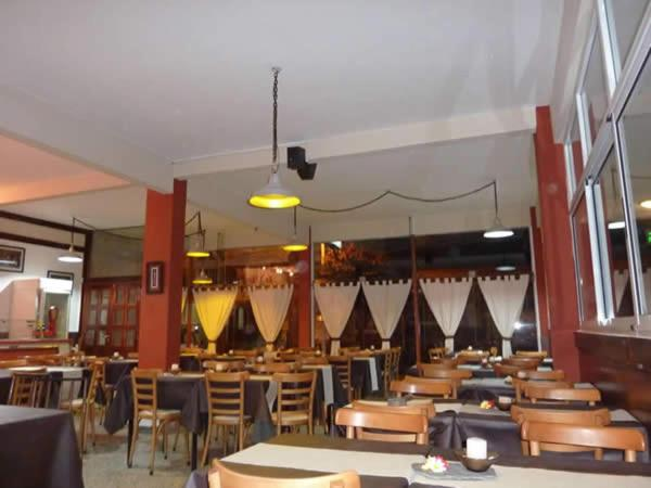 A restaurant or other place to eat at Hotel Playa