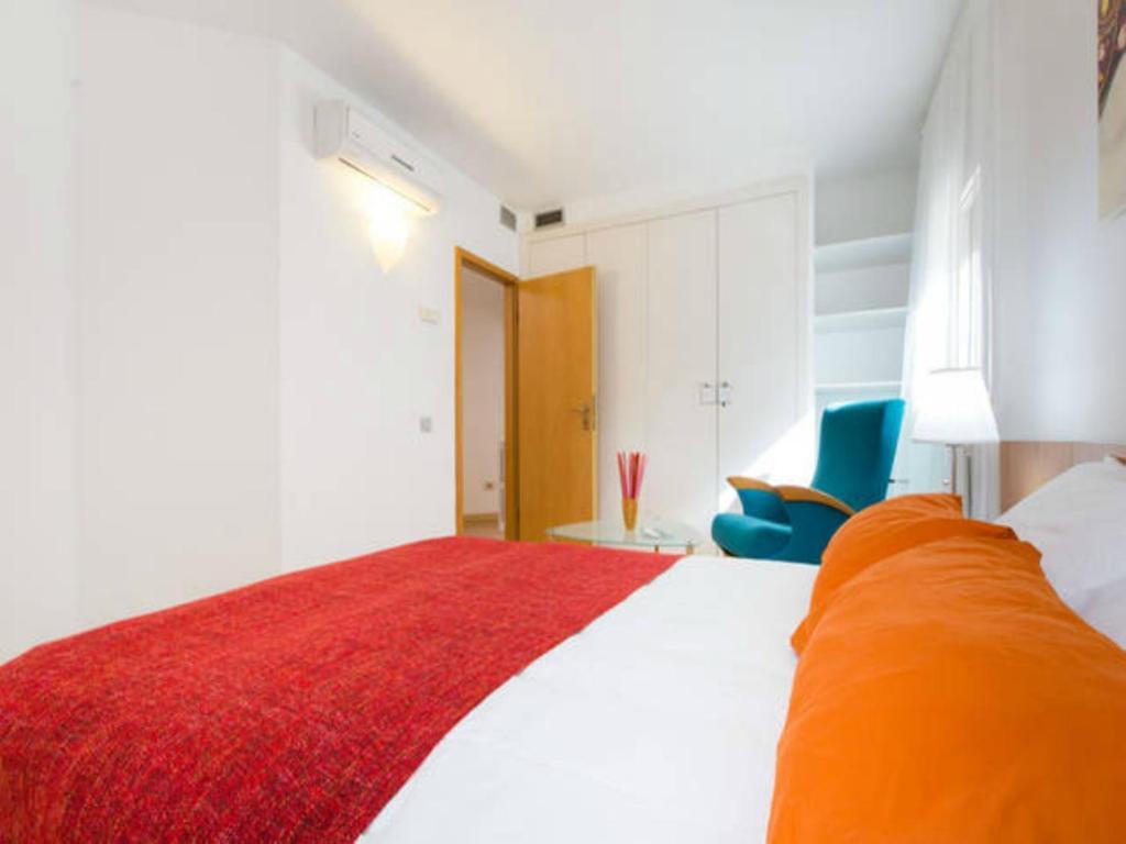 gran imagen de Vila Olimpica Apartment