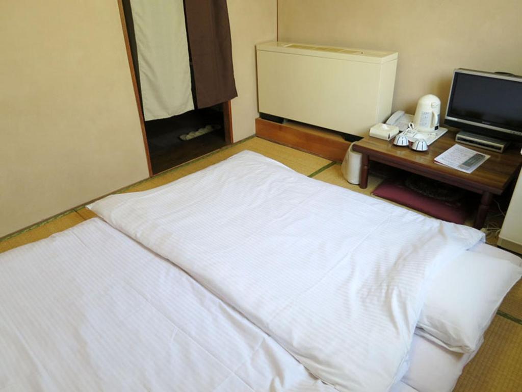 ポイント2.畳に敷布団!和を感じられる安らぎの和室