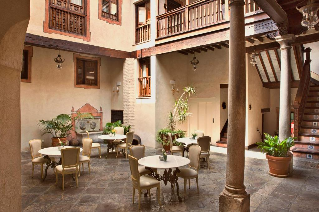 boutique hotels in granada  152