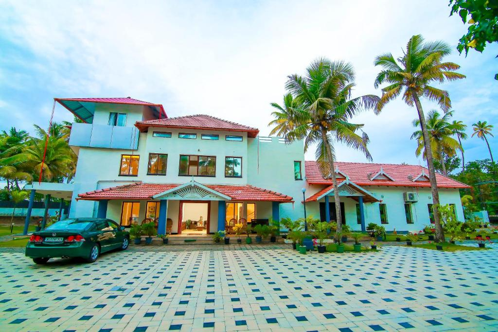 Alleppey Beach Bay Resorts Reserve Now Gallery Image Of This Property