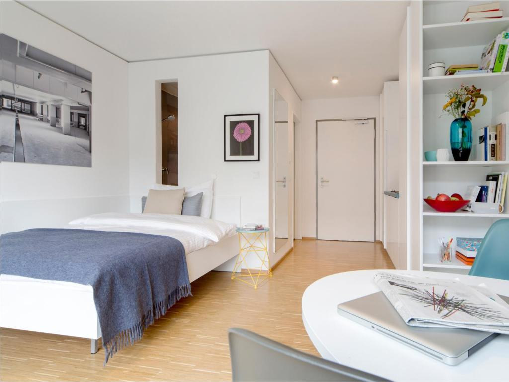 Who Is München condo hotel the flag münchen munich germany booking com
