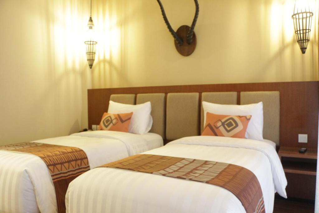 baobab safari resort prigen indonesia booking com rh booking com