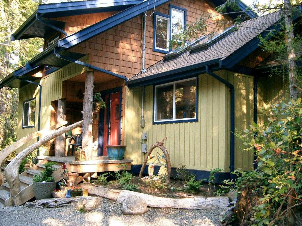 Vacation Home Tigh Na Clayoquot Rental Tofino Canada Booking Com