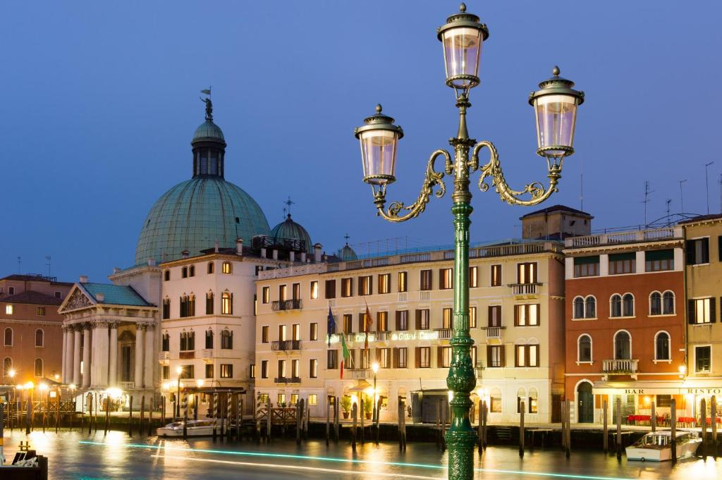 Hotel Carlton On Gd Canal Venice Italy Booking Com