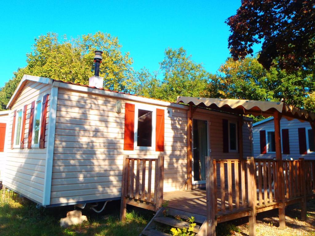 camping paris est champigny sur marne france. Black Bedroom Furniture Sets. Home Design Ideas