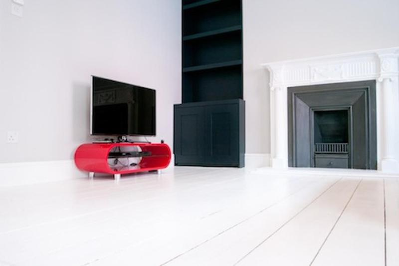 TV at/o entertainment center sa ItalianFlat - Endell