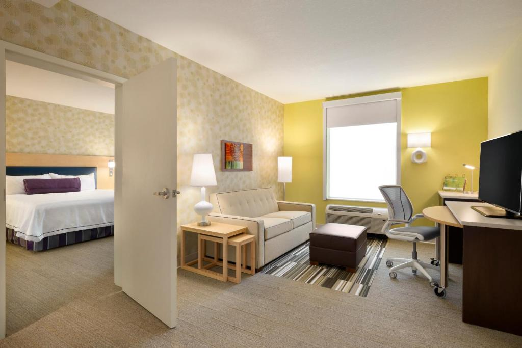 Home48 Suites By Hilton Houston Energy Corridor Houston Updated Inspiration Bedroom Home Office Minimalist Property
