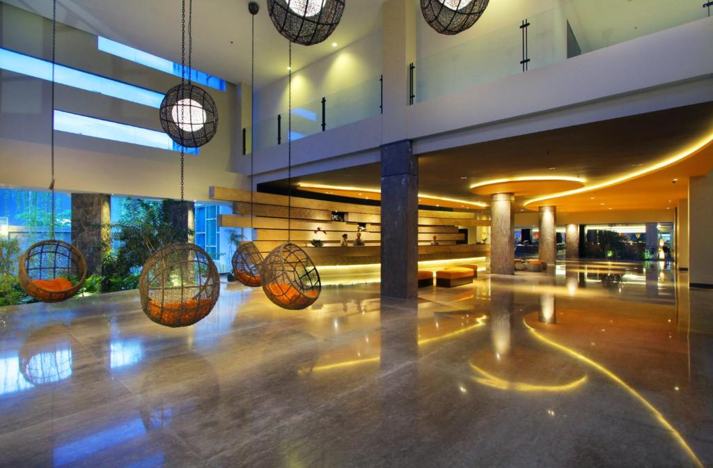 B hotel bali spa denpasar indonesia for Bali indonesia hotel booking