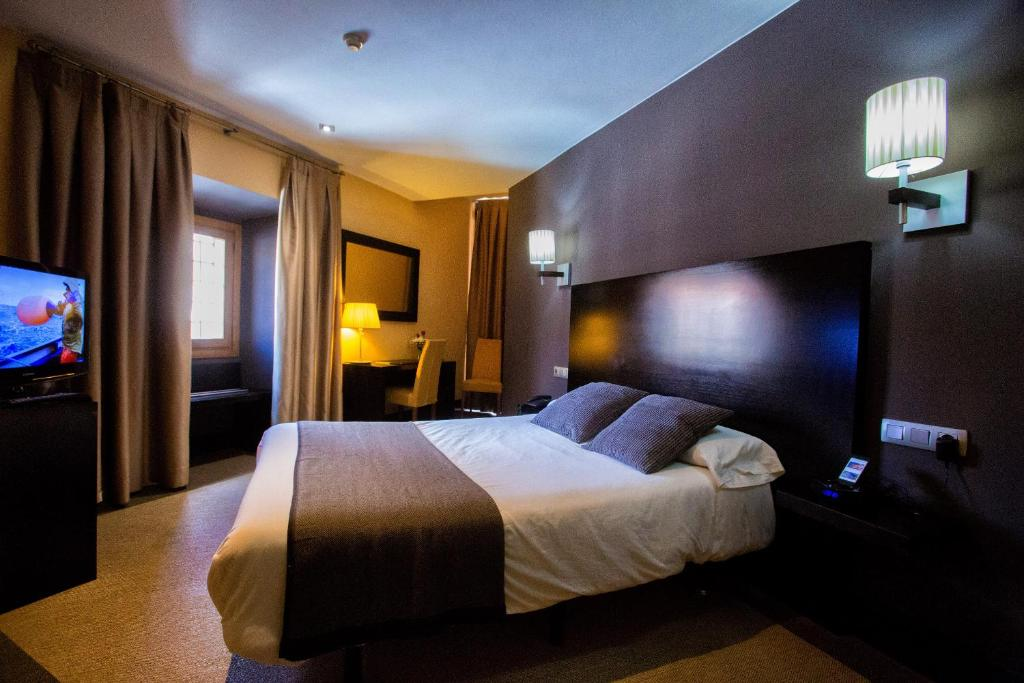 boutique hotels in calatayud  9