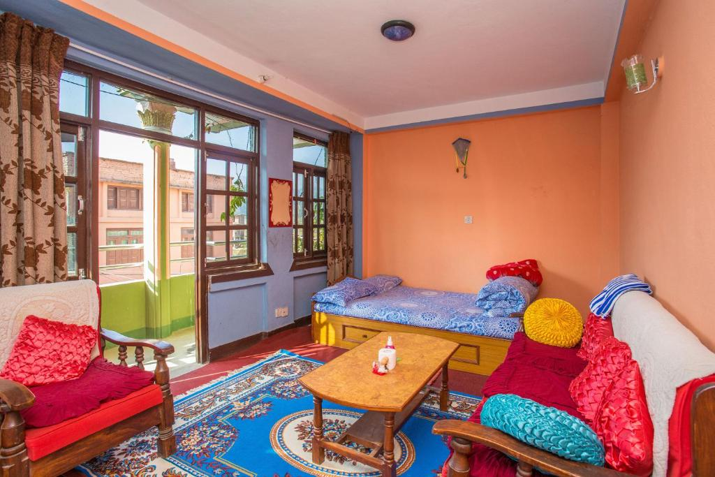 Bike hire is available at this homestay and the area is popular for hiking. The homestay also offers car hire. You will find shops at the property. The nearest airport is Tribhuvan Airport, 19 km from Panauti Community Homestay.