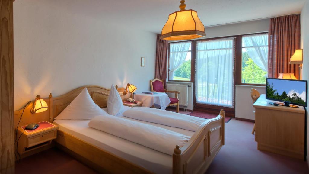 Hotel Landgasthof Zum Schwanen Hornberg Germany Booking Com