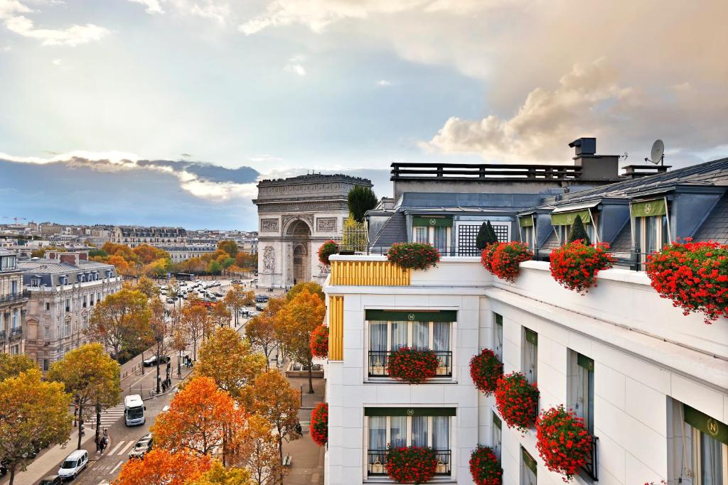 Hotel napoleon paris france for Top hotel france