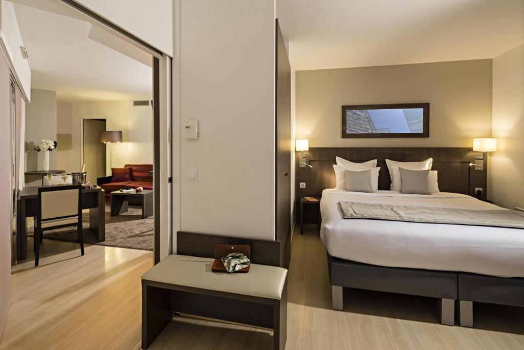 appart 39 h tel residhome courbevoie la defense france courbevoie. Black Bedroom Furniture Sets. Home Design Ideas