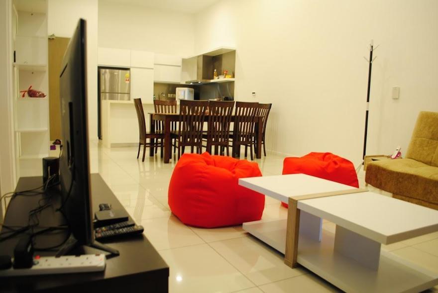 Mcity Bedroom Apartment Kuala Lumpur Malaysia Booking Com