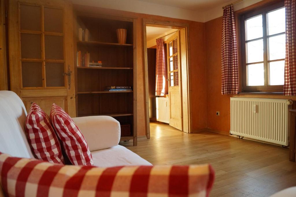 Fußboden Wohnung Xenia ~ Ferienwohnung petite bellevue deutschland baden baden booking