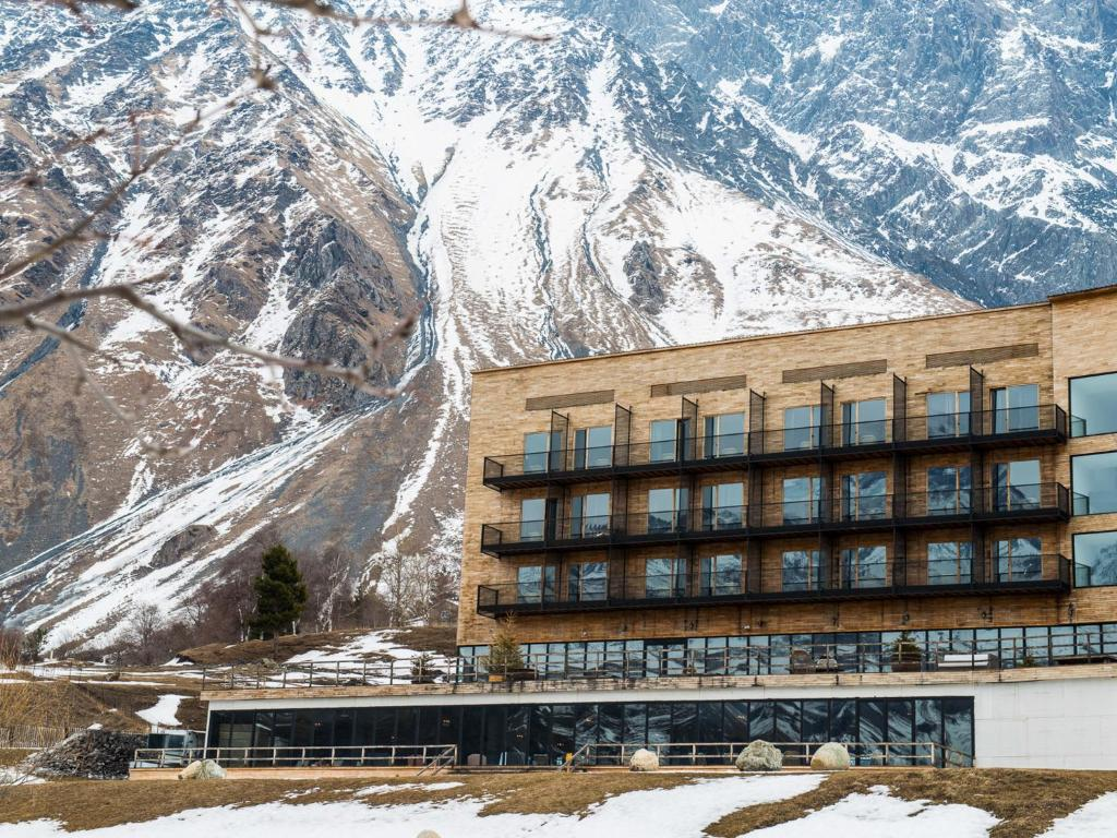 Kazbegi Hotel Booking