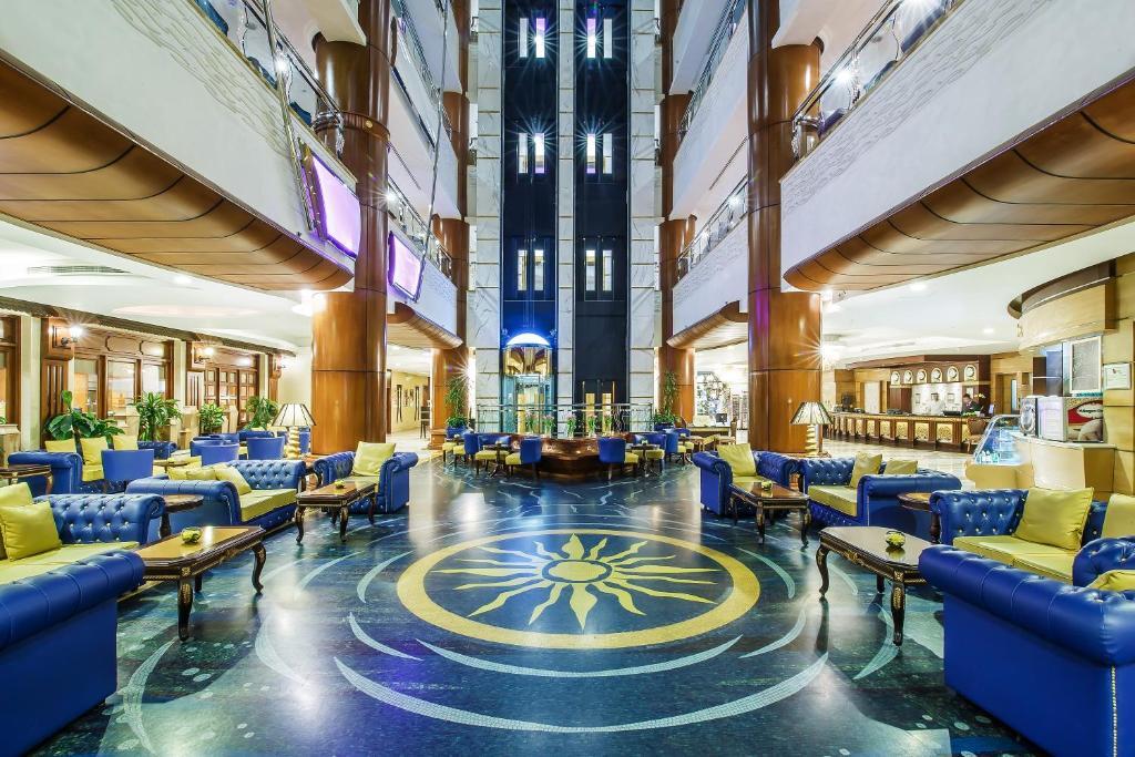 Dubai Hotel Palace