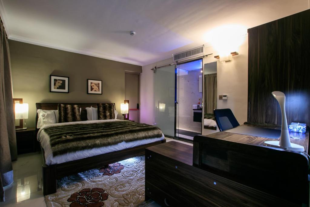 red mango apartment hotel sekondi takoradi ghana