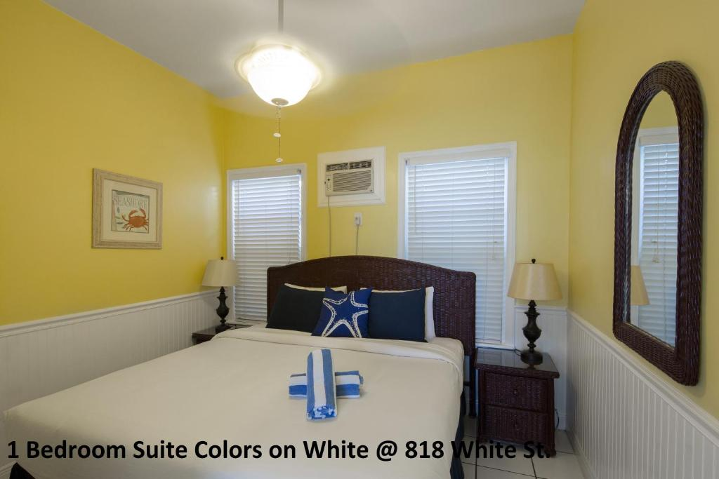 Apartment Colors on White, Key West, FL - Booking.com