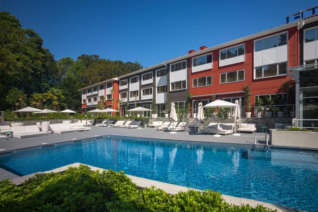 Piscina en o cerca de Novotel Resort & Spa Biarritz Anglet