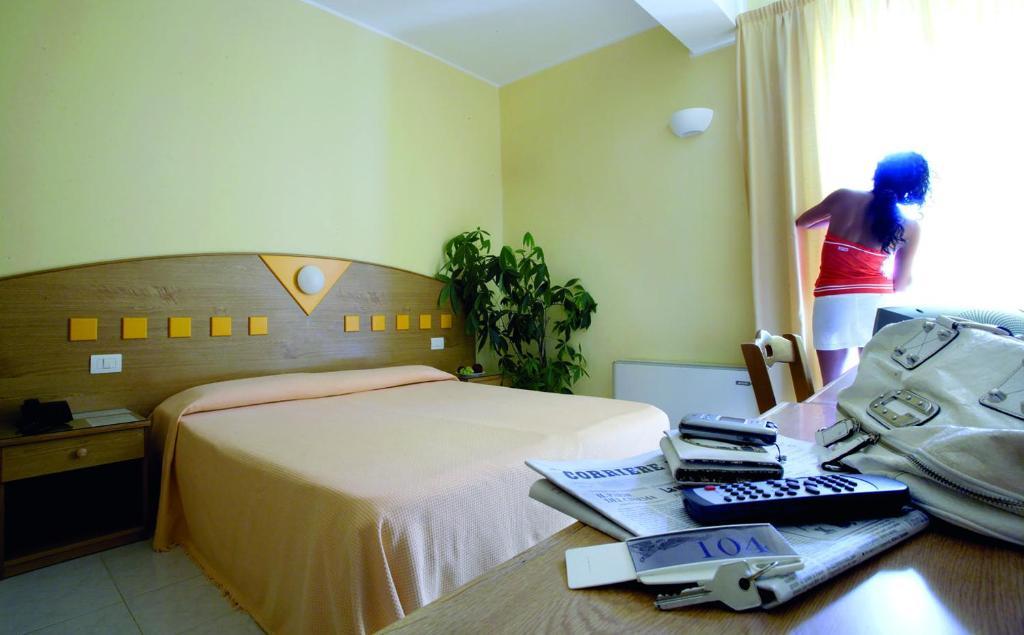 Vasche Da Bagno Zefiro : Zefiro residence italia siderno marina booking