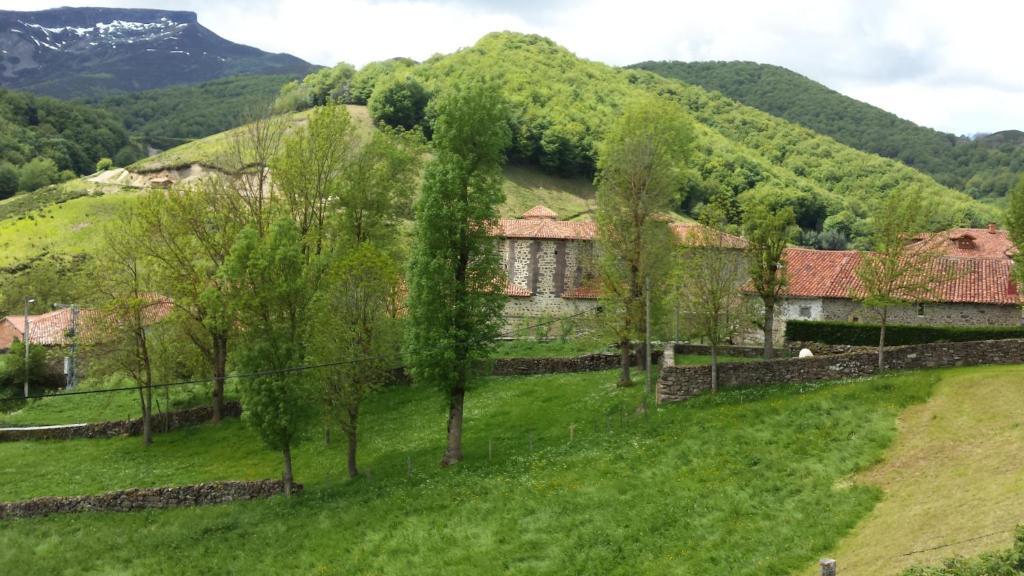 Vacation home monta as de cantabria tresabuela spain for Cantabria homes