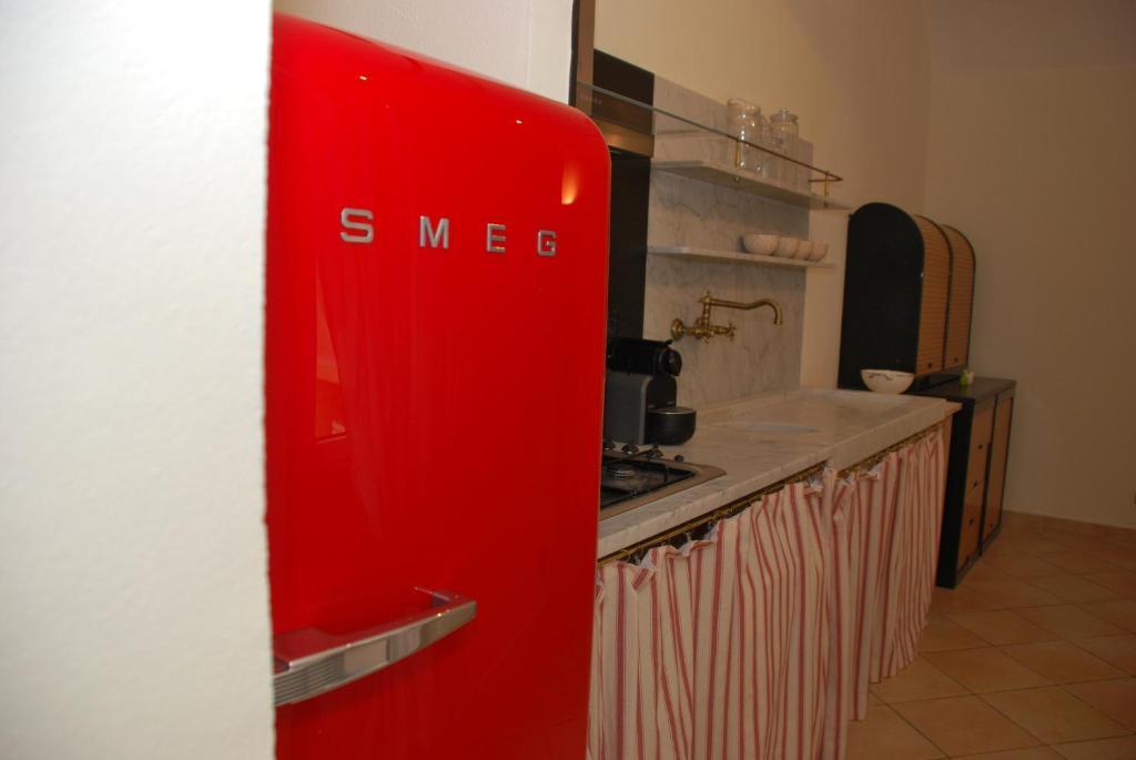 Smeg Kühlschrank Tür Quietscht : Bosch kühlschrank tür quietscht aeg kühlschrank tür schließt