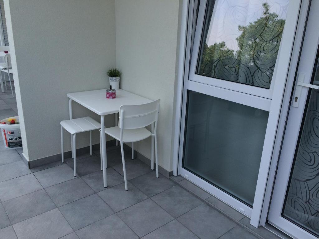 Apartment Studios Supetarska Draga, Croatia - Booking.com