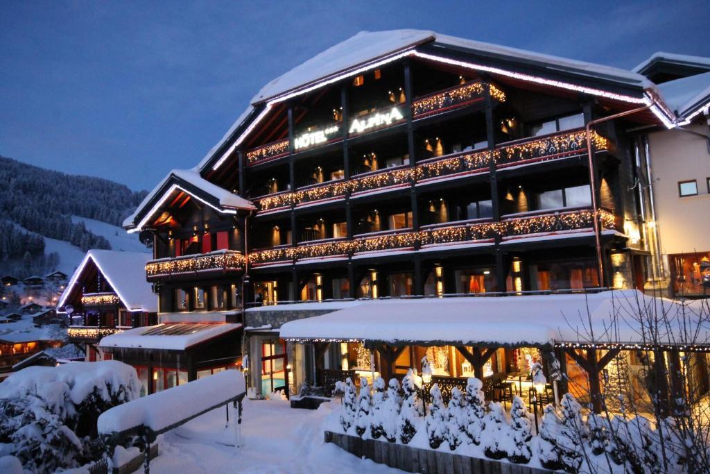 Hôtel Alpina Les Gets France Bookingcom - Alpina hotel