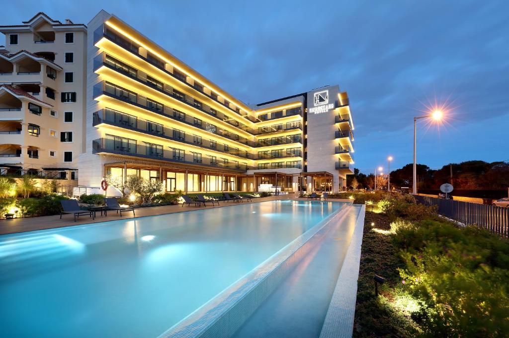 Hotel Eurostars Cascais, Portugal - Booking.com on