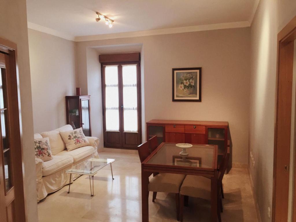 gran imagen de Bonito Apartamento en el centro de Granada