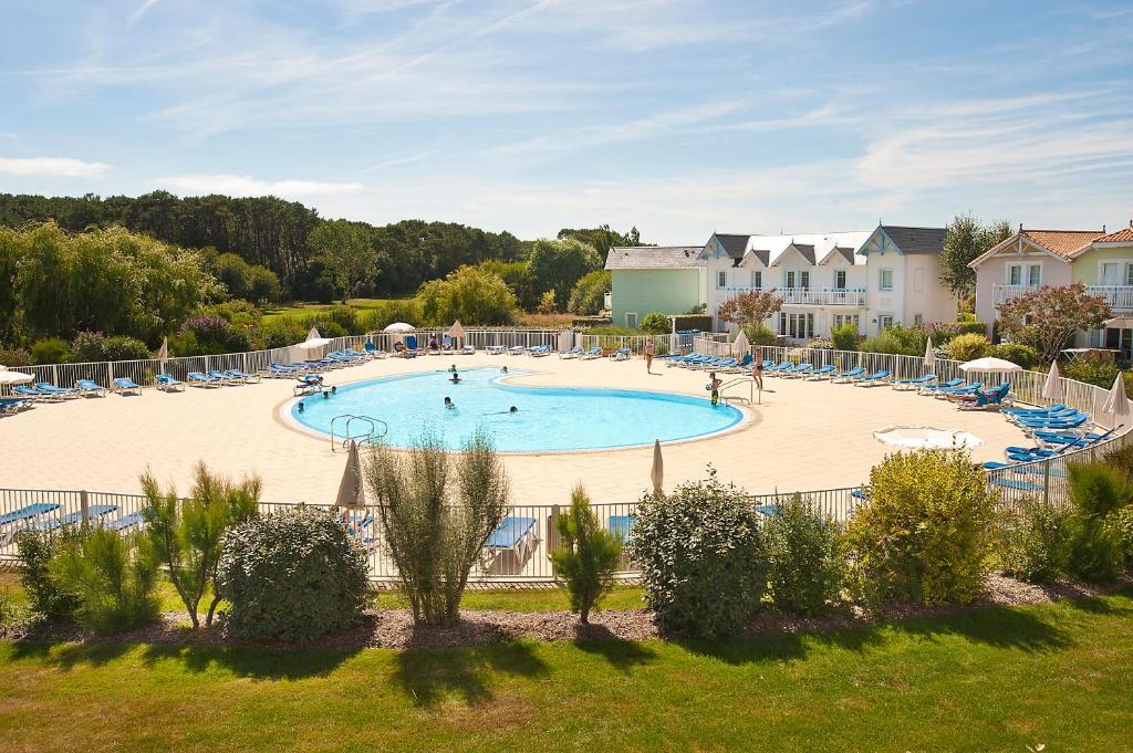 Apartments In Saint-julien-des-landes Pays De La Loire