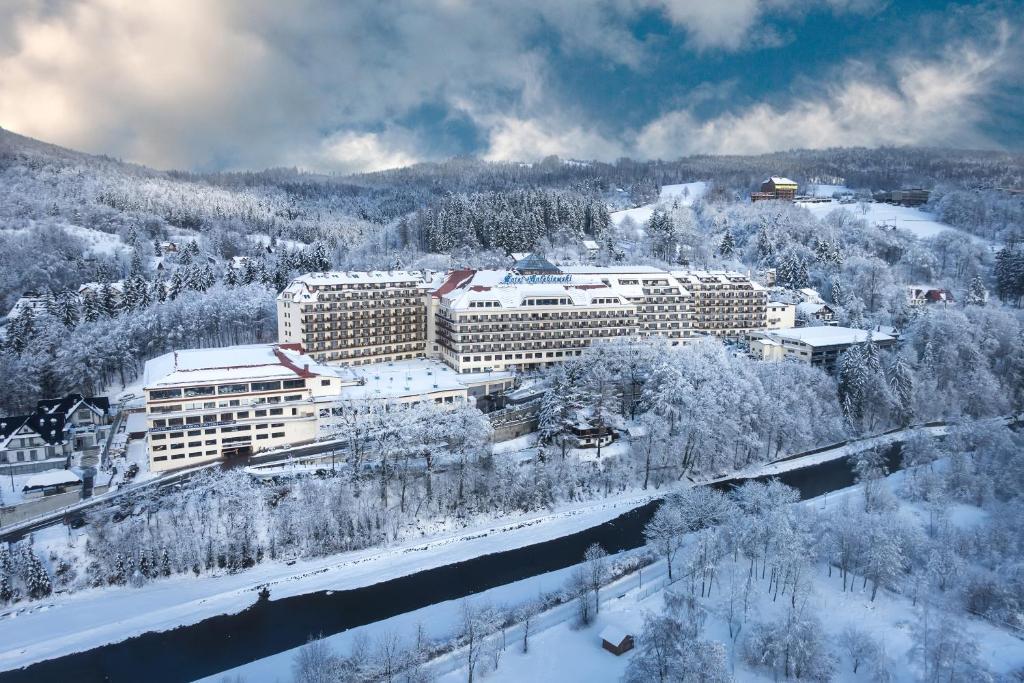 Висла отель голембиевски забронировать номер 2013 год стоимость билеты на самолет москва владивосток