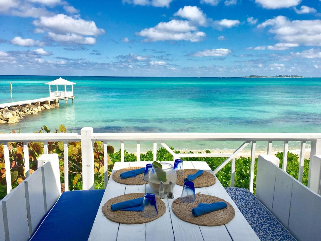 Bahamas Beach Resorts The Best Beaches In World Luxury Hotel Comp Point