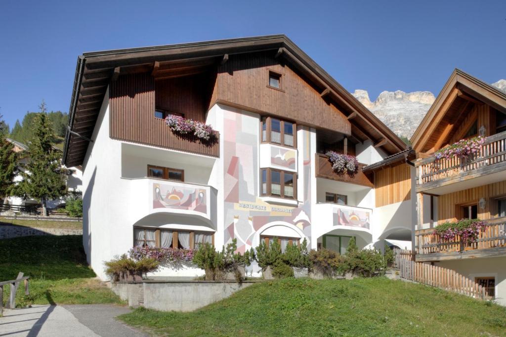 Nearby hotel : Residence Dolomieu