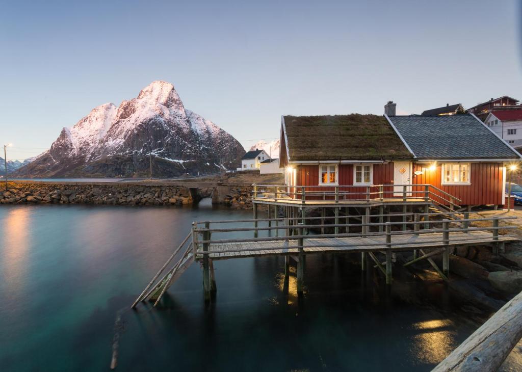 Vacation Home Valen Cabins In Reine, Norway