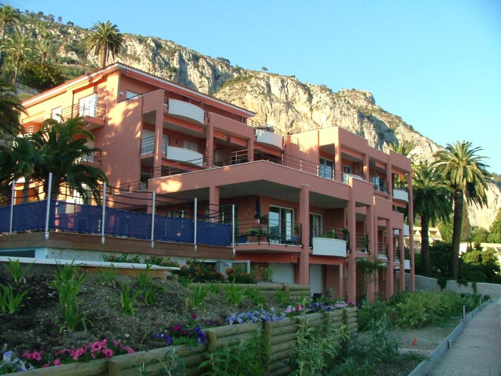 appartement au chateau vallaya (frankreich menton) - booking