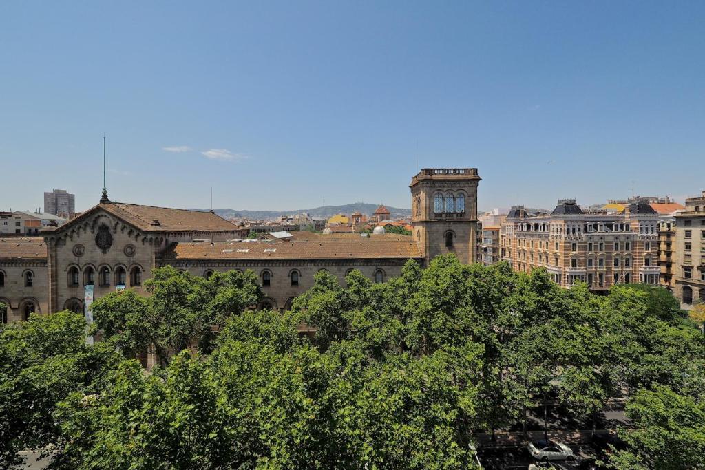 Pla a universitat apartment pan lsko barcelona - Placa universitat barcelona ...