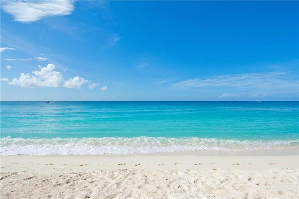 Vacation Rentals Grand Cayman Island Seven Mile Beach
