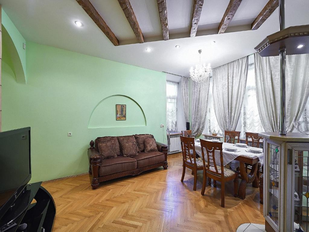 Halcione Apartments (Russland Sankt Petersburg) - Booking.com
