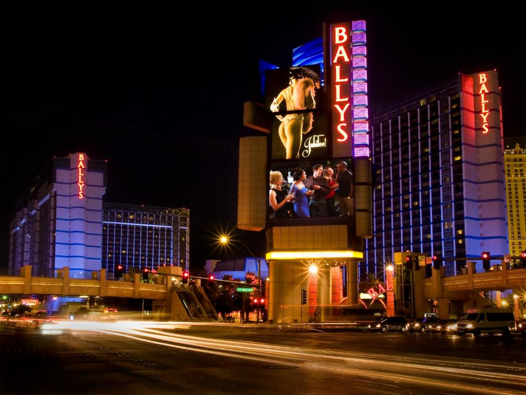 Hotels In Vegas For Under 21 Newatvs Info