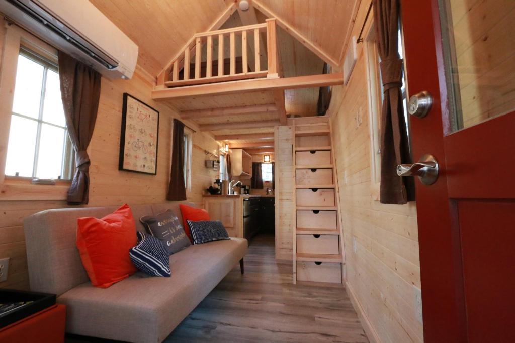 Tiny House Las Vegas >> Resort Village Verde Valley Tiny House 17, Cottonwood, AZ - Booking.com