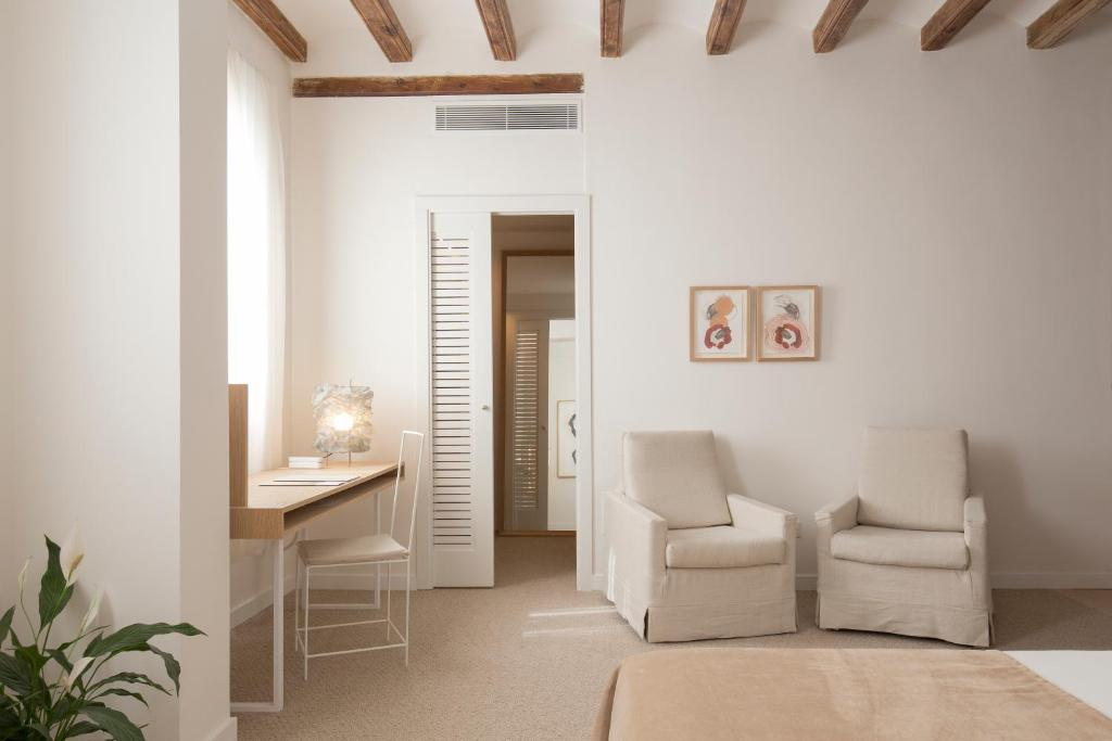 boutique hotels in palma de mallorca  42