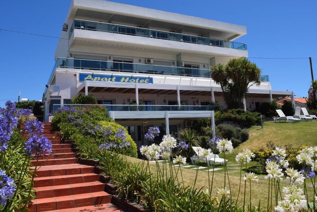 condo hotel apart terrazas francisco piri polis uruguay