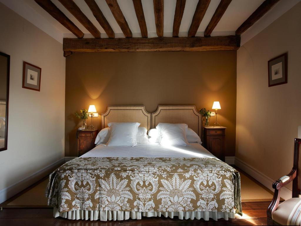 boutique hotels navarra  180